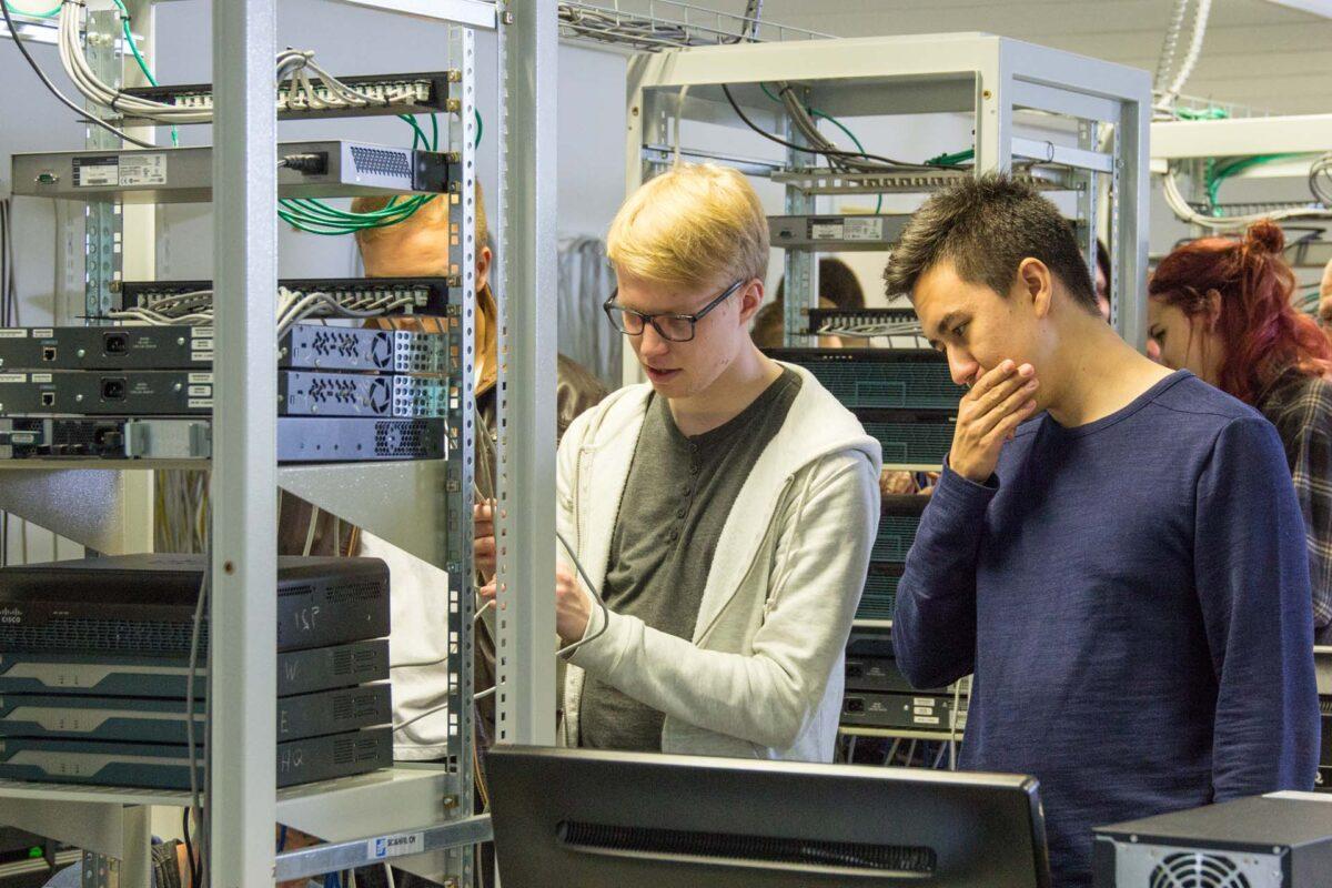 tekniikan opiskelijoita, engineering students