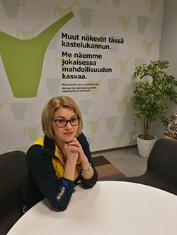 Anu Mustonen, tradenomi (ylempi AMK)