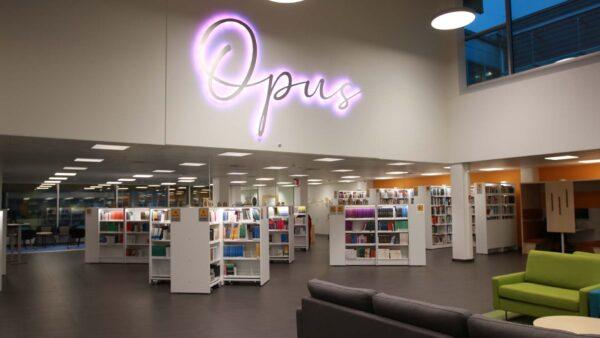 Kirjasto Opus.