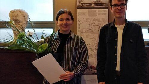 Katariina Heikkilä veljensä kanssa.
