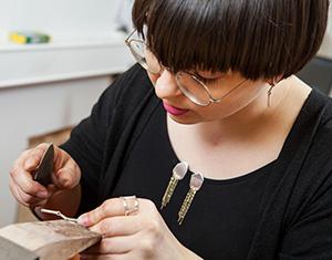 Kirsi Manninen, muotoilija ja taiji-opettaja