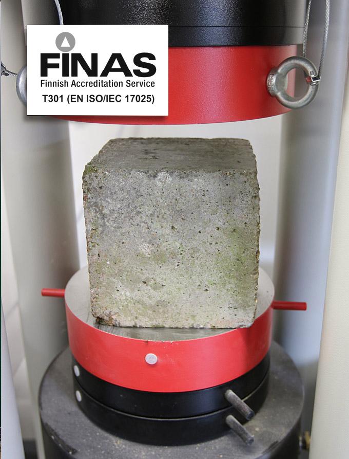 FINAS-akkreditoimaa testauslaboratorion betonitestausta.